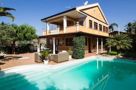 Cosy villa with private pool, superb view and WiFi - Chianchitta