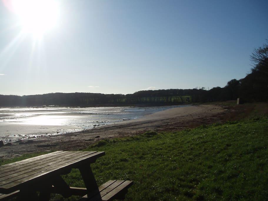 Rigg Bay nearby