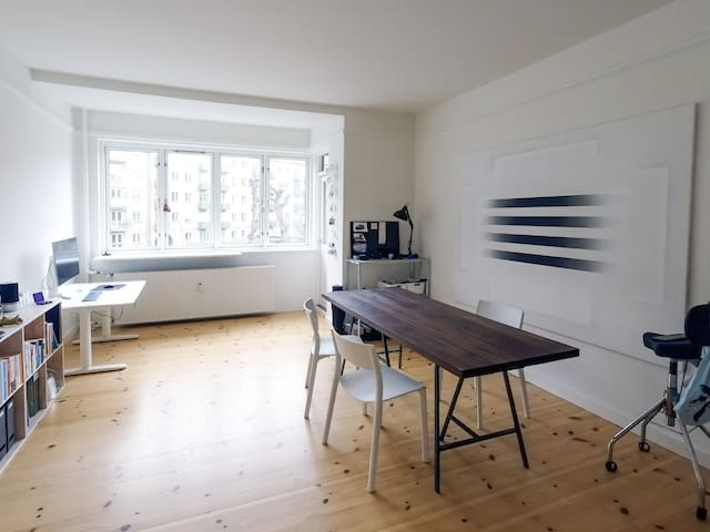 Bright and newly renovated apartment in Østerbro