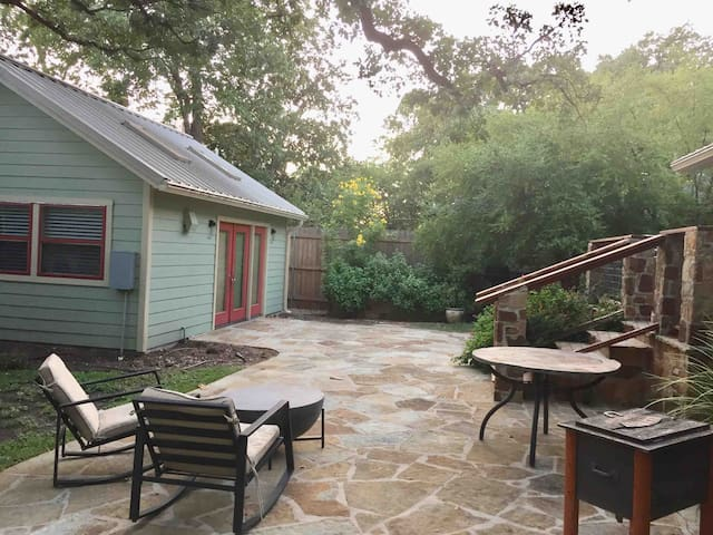 Private Studio in West Austin - 3 Mins from DT