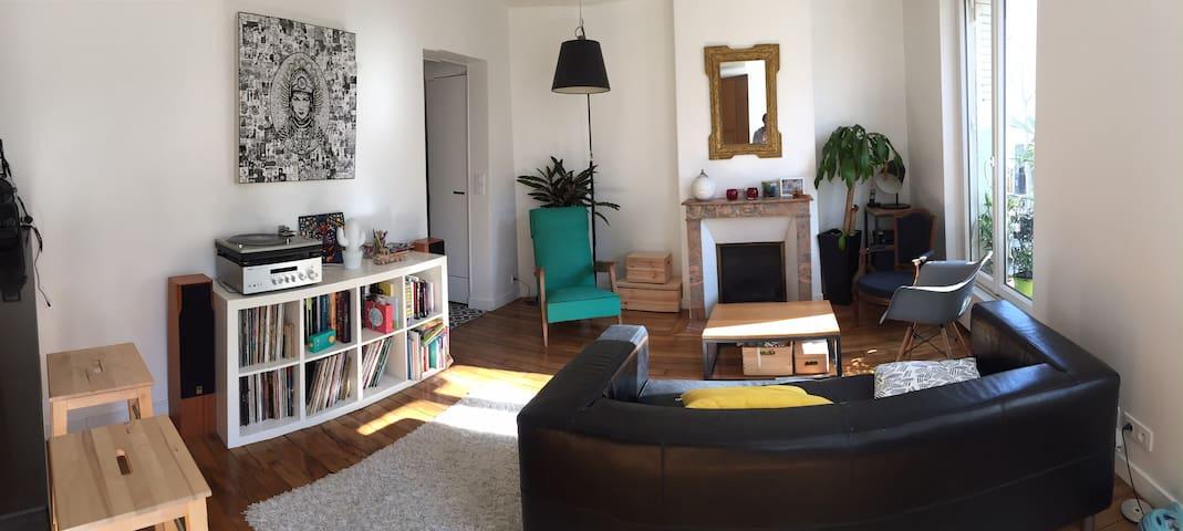 Nice 3 bedrooms Flat in Paris close to Montmartre