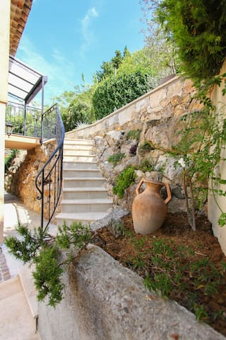 Charmant appartement vacances - Saint-Paul-de-Vence - Lejlighed
