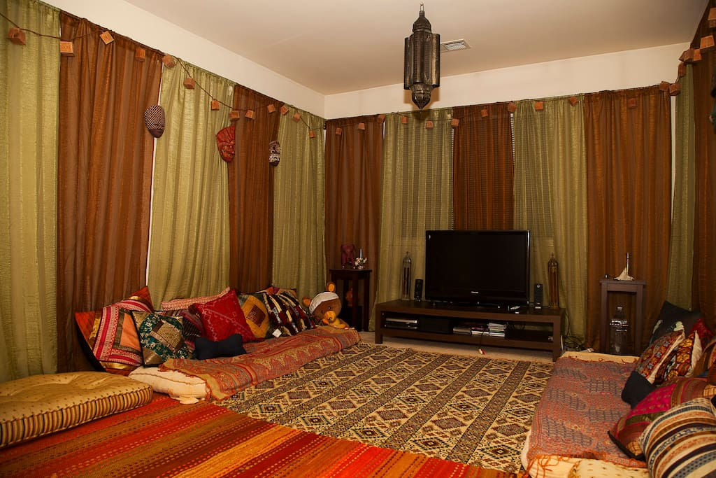 The Moroccan room with wifi, and access to Netflix and Hulu Plus.