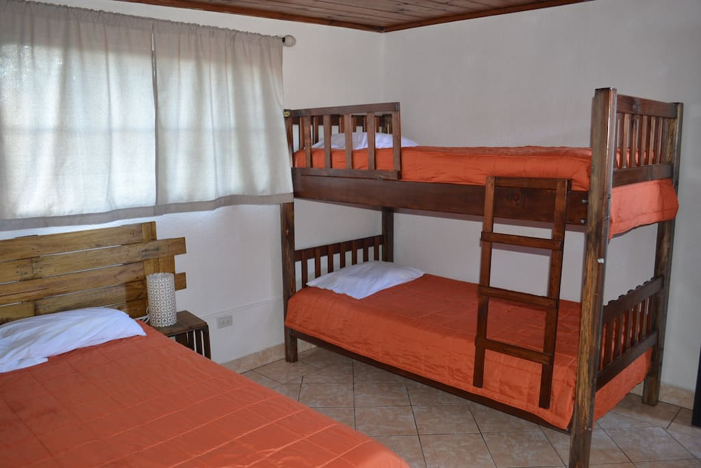 We can accomodate from 1 to 4 persons per room