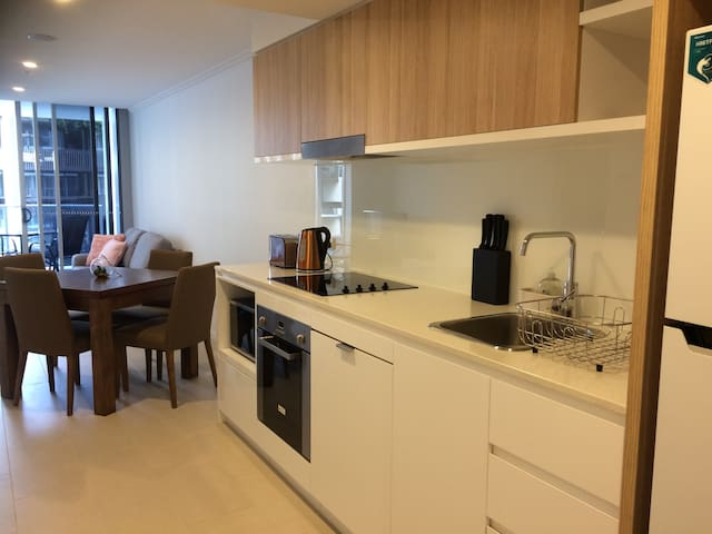 Brand New Stunning 2bed/2bath Apartment/Newstead