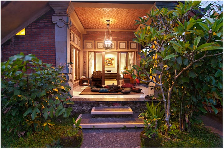 Charming, quiet villa in rice fields