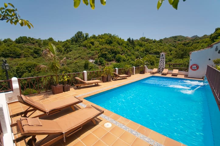 Holiday cottage with pool (GC0002) - Moya - Talo