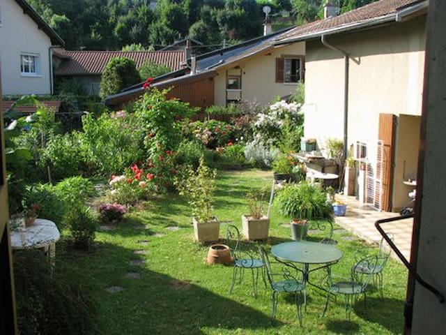 Chambre Grenoble Eybens - Eybens - Casa