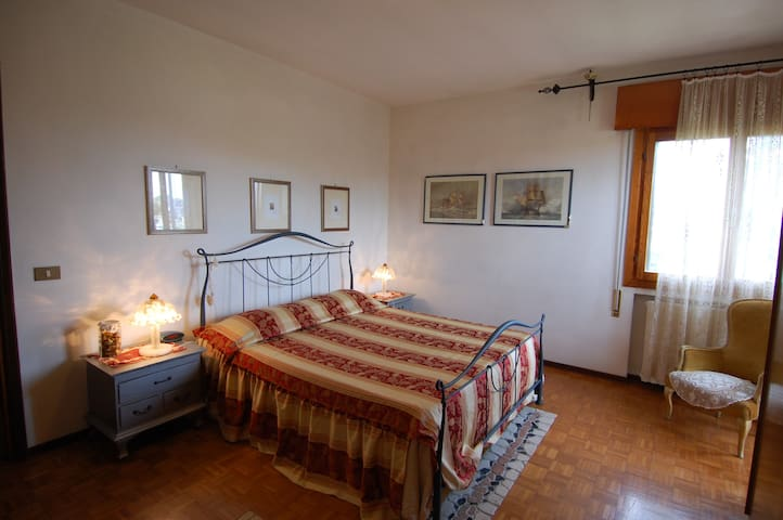 Near Venice...a lovely B&B  - Marcon - Bed & Breakfast