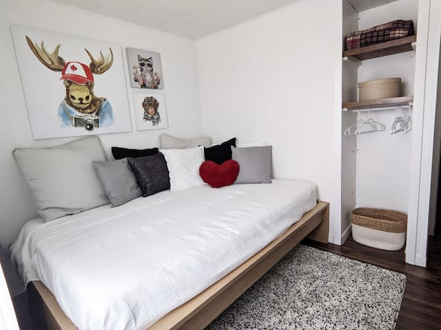 Bedroom 3 with double bed and workspace