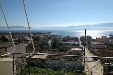 Spacius apartment wonderfull view - Στυλίδα