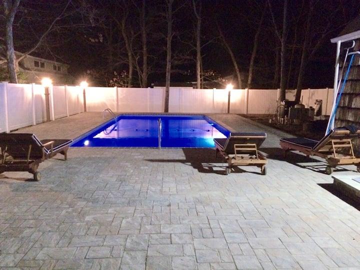 Hamptons Getaway/ Backyard OASIS/Monthly available