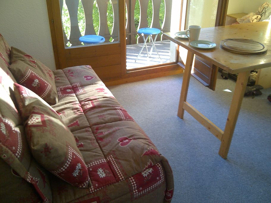 Double bed settee in living room