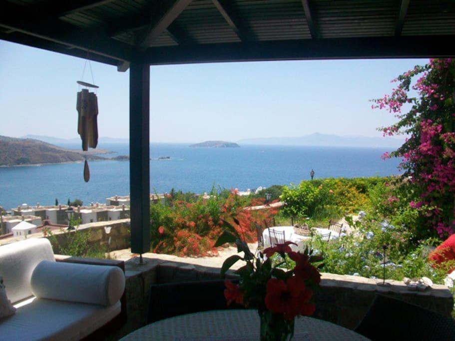 VILLA WITH WONDERFULL VIEW - Houses for Rent in Gümüşlük ...