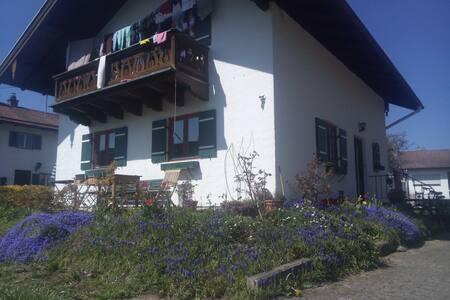 Beautiful house near the lake ! - Prien am Chiemsee - บ้าน