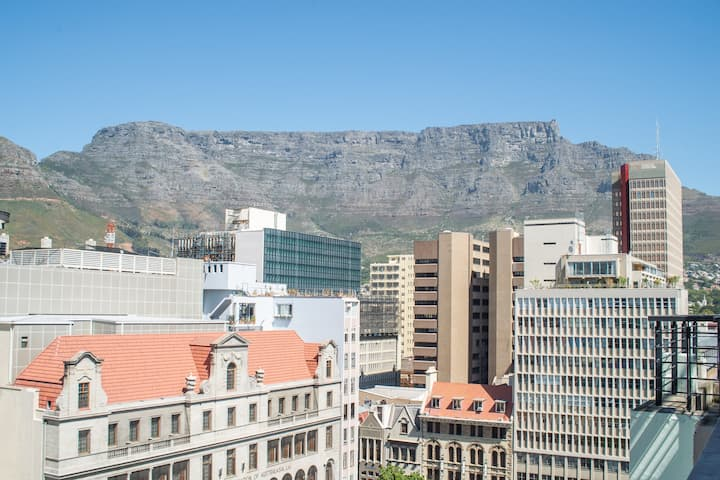 Explore Cape Town City from Central Pad with Views