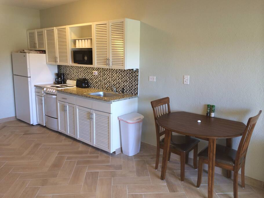 Renovated Fully Equipped Kitchen & Dining Area