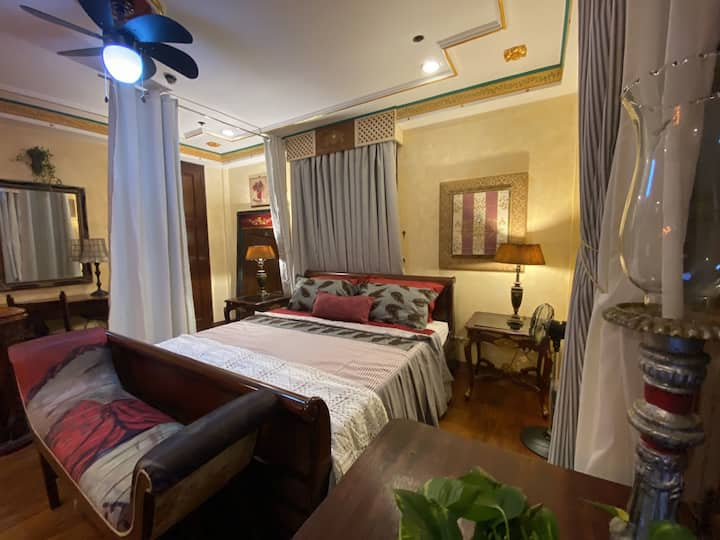 Intramuros Bed & Breakfast