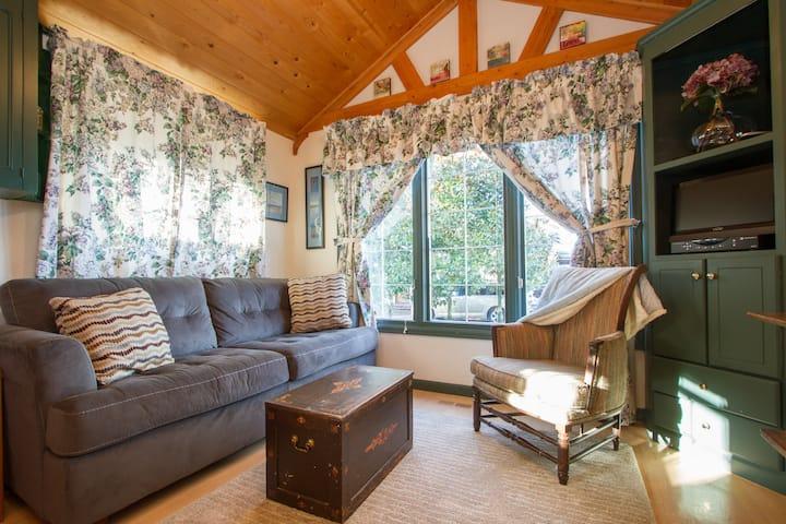 Seahurst Bluff Cottage