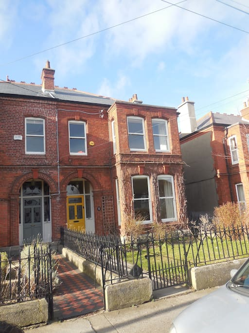 Large family home very central adjacent to sea for Chambre hote dublin