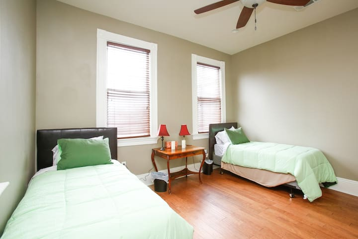 Mid City Twin Beds!!
