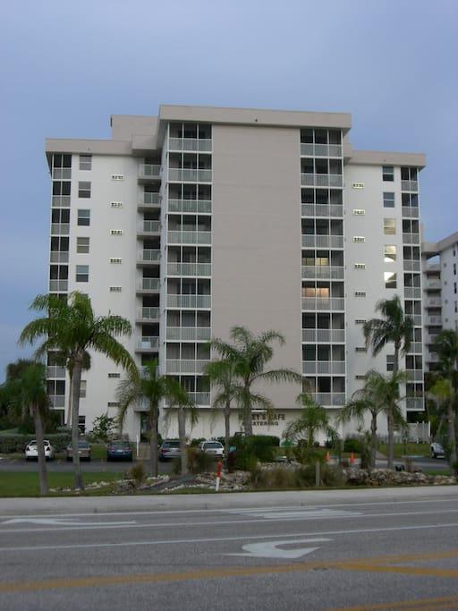 Building as seen from the street ( Bonita Beach Blvd)
