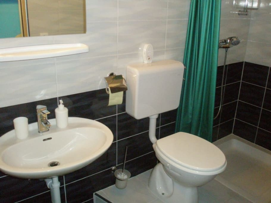 Simple and nice bathroom