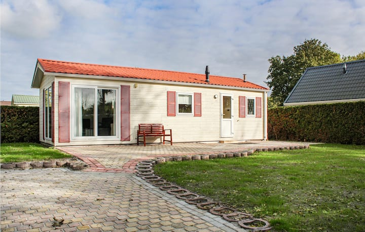 Nice home in Tzummarum with Outdoor swimming pool, WiFi and 2 Bedrooms