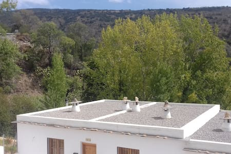 apartment in alpujarras.20 min to sky resort. - Picena