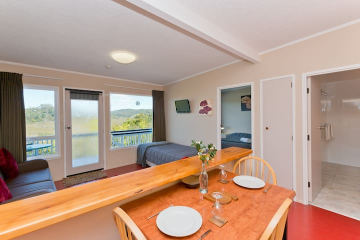 Self contained one bedroom apartment - Paihia - Appartement