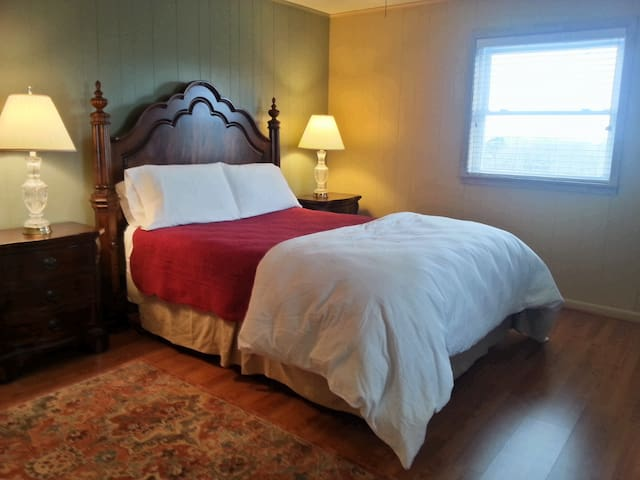 Summit Hill - 2 Bedroom Suite - Nacogdoches - House