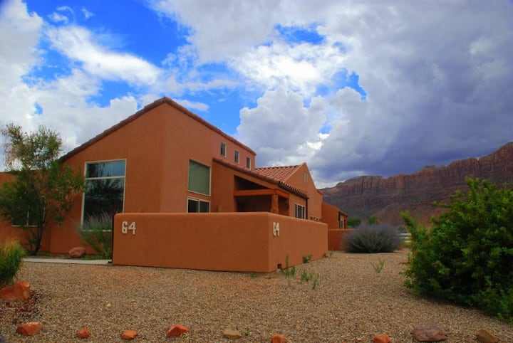 Moab Adventure Base Camp