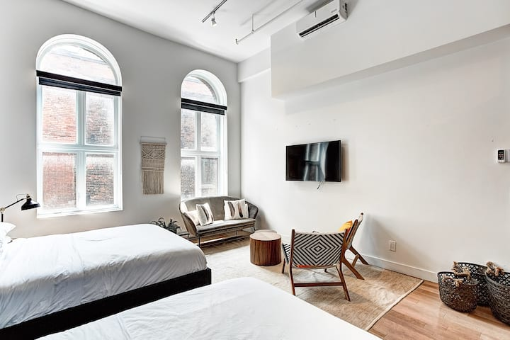 2 Bedroom Loft In Old Montreal Lofts For Rent In Montreal Quebec Canada