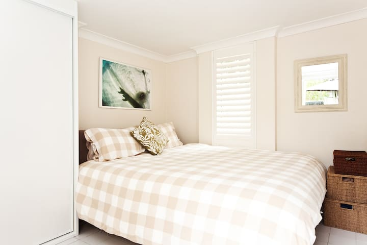 Cosy self contained studio room - Hunters Hill - Apartament