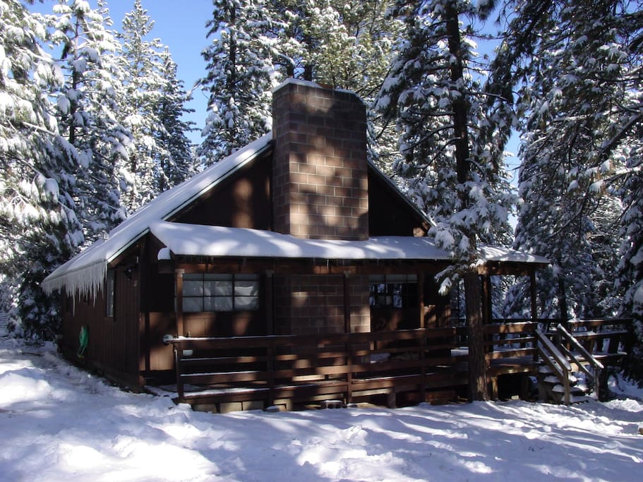 Romantic cabin w hot tub lg deck cabins for rent in for South lake tahoe cabins to rent