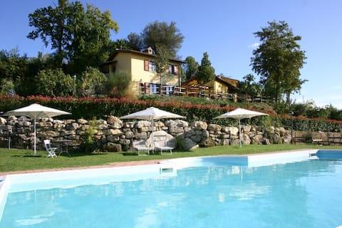 Apartamento no campo entre Todi e Orvieto