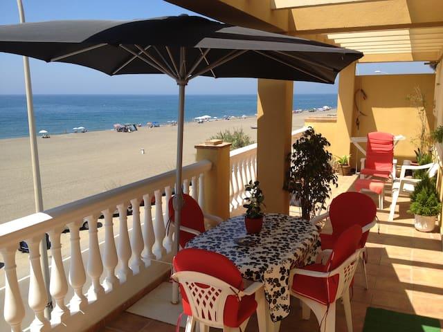 PENTHOUSE BEACH 1ST LINE BENAJARAFE - Vélez-Málaga - Apartamento