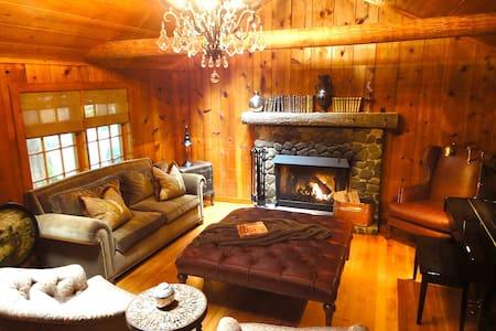 Enchanted Mt Hood Retreat * Luxury! - Welches - Cabane