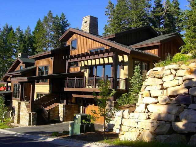 Luxurious Lookout Deer Valley Home