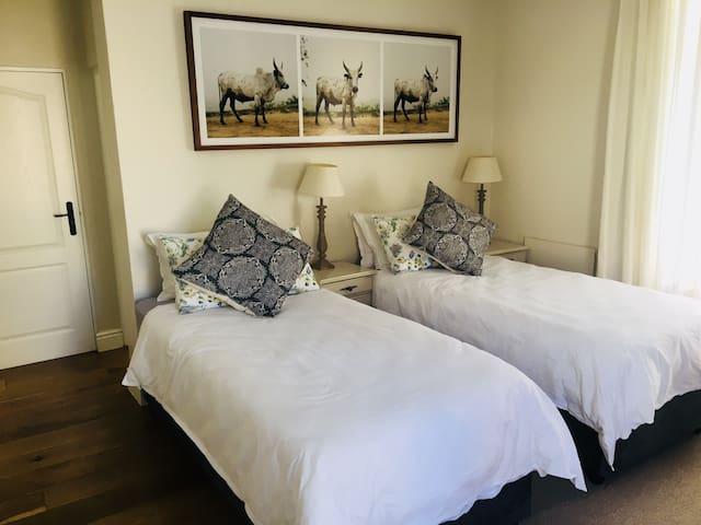 Rheezicht Guest Suite