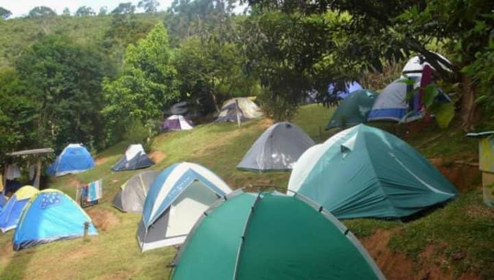 Camping do Bosque no Paraíso das Cachoeiras.