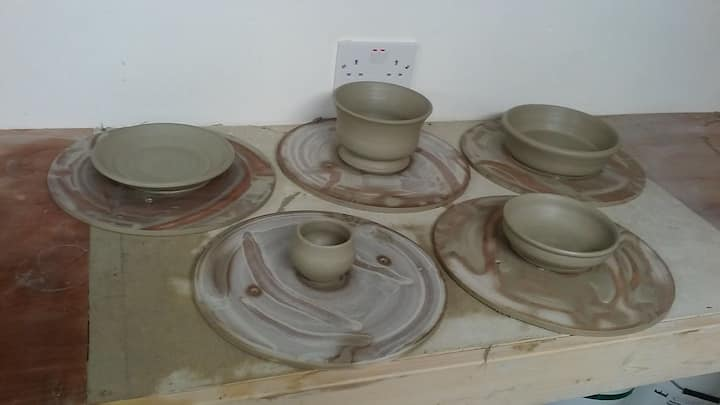 Some freshly thrown pots.