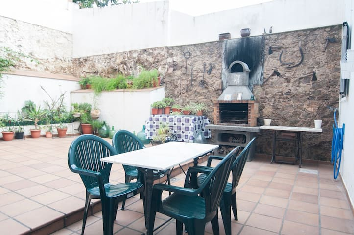 Beautiful house with terrace in BCN - Barcelona - Dům