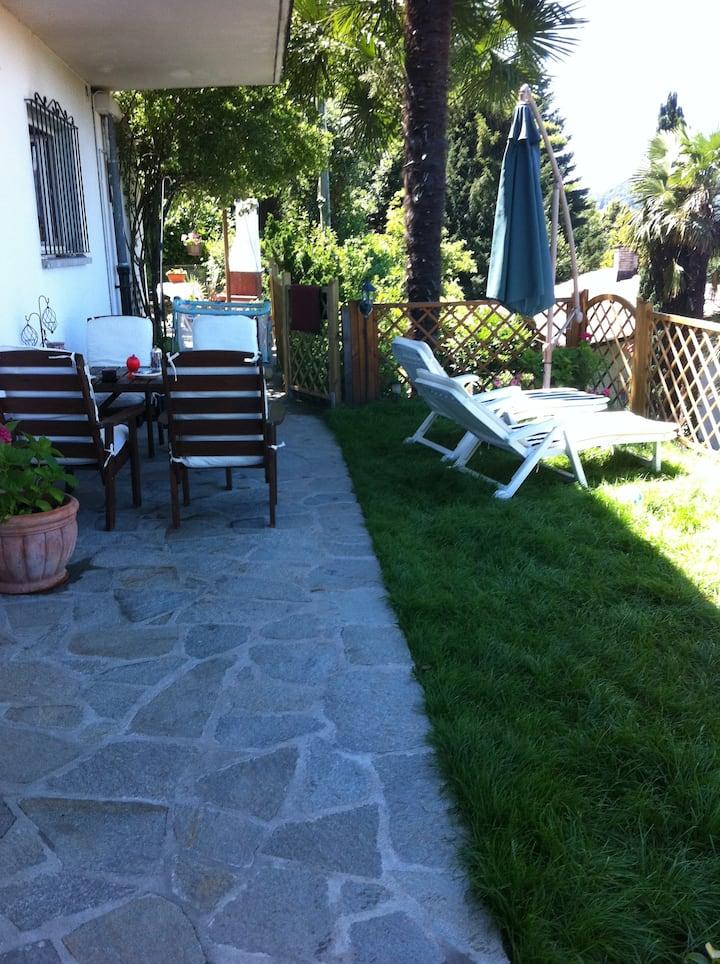 Villa Camelia-Apartm. with garden
