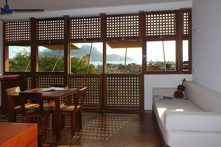 Paz Appartment, Sea view, Mindelo - 明德盧(Mindelo) - 公寓