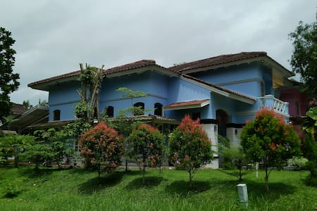 Beautiful Villa walking distance from Carita Beach