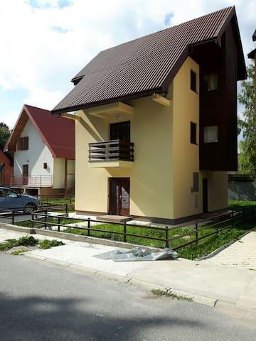 Nice house in Žabljak city center - Žabljak