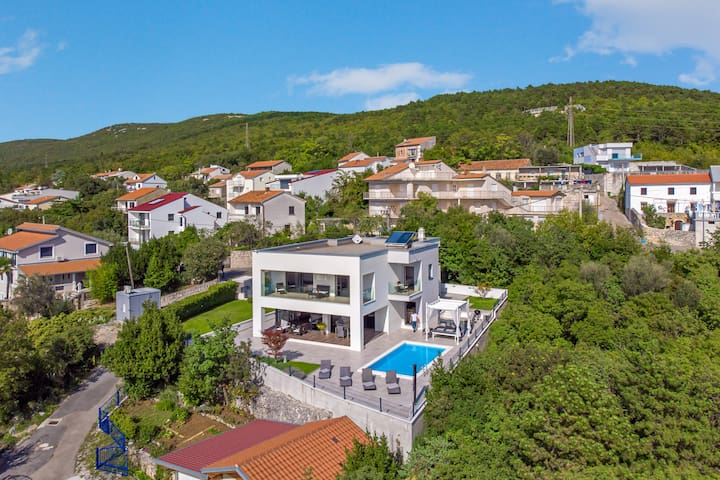 Luxury Villa Rina Crikvenica*****with heated pool
