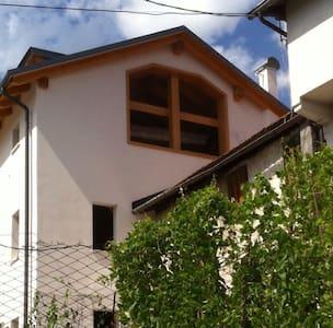 Caldo, accogliente e luminoso appartamento - Domegge di Cadore - Appartement