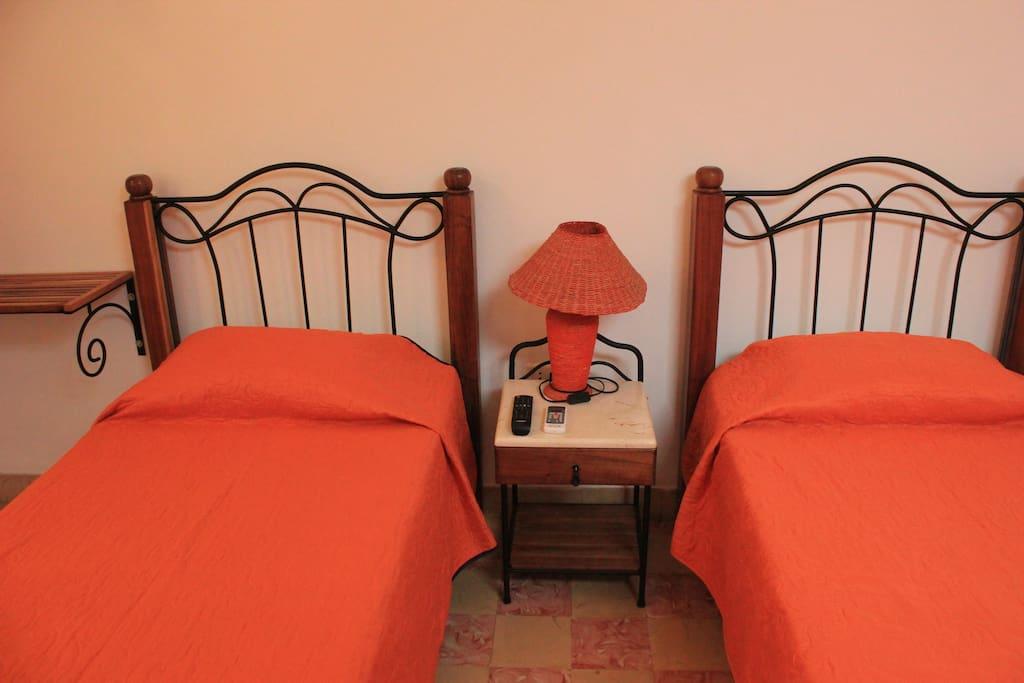 chambre/dormitorio
